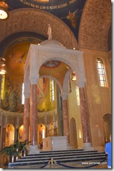 Baldachin Altar