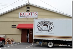 Root's Country Market and Auction